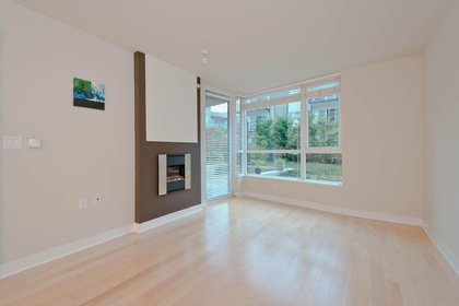 9 at 302 - 160 W 3rd Street, Lower Lonsdale, North Vancouver