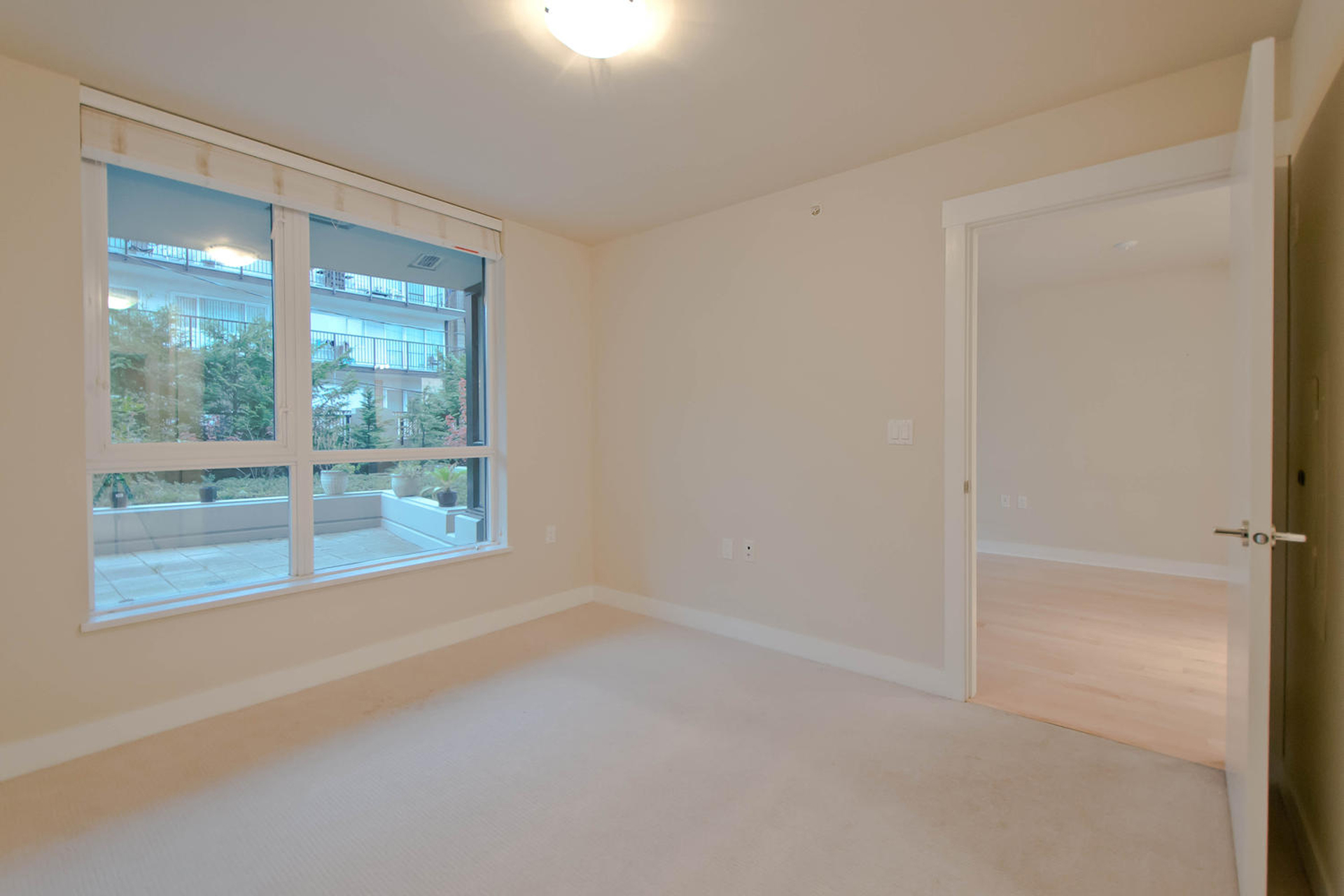 5 at 302 - 160 W 3rd Street, Lower Lonsdale, North Vancouver