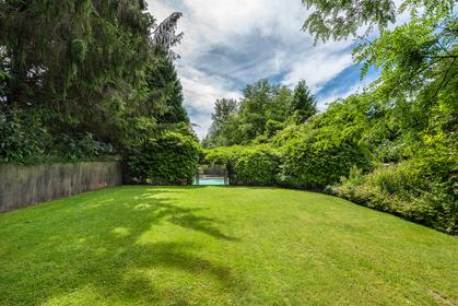 1046-eyremount-drive-west-vancouver-360hometours-18 at 1046 Eyremount Drive, British Properties, West Vancouver