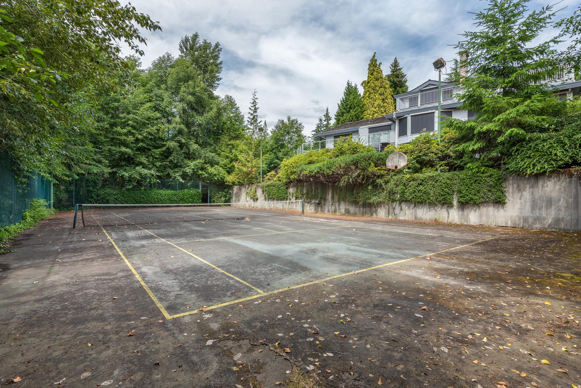 1046-eyremount-drive-west-vancouver-360hometours-23 at 1046 Eyremount Drive, British Properties, West Vancouver