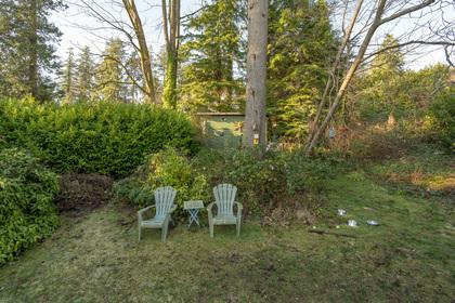 449-hillcrest-st-360hometours-15 at 449 Hillcrest Street, Westmount WV, West Vancouver