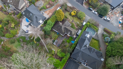 449-hillcrest-st-aerial-360hometours-16 at 449 Hillcrest Street, Westmount WV, West Vancouver
