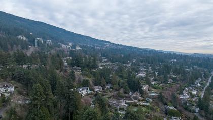 449-hillcrest-st-aerial-360hometours-30 at 449 Hillcrest Street, Westmount WV, West Vancouver