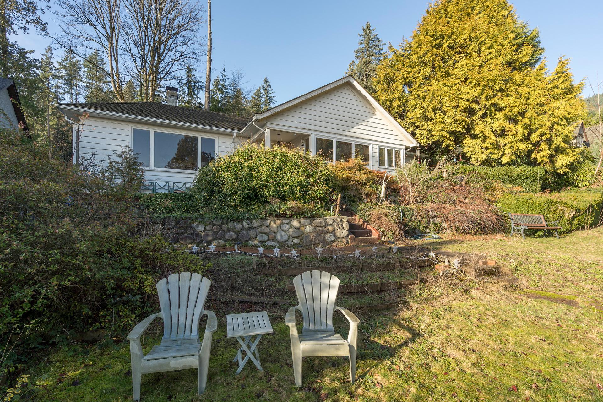 449-hillcrest-st-360hometours-04 at 449 Hillcrest Street, Westmount WV, West Vancouver