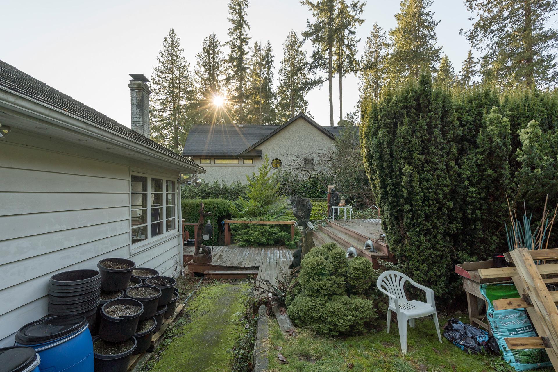 449-hillcrest-st-360hometours-18 at 449 Hillcrest Street, Westmount WV, West Vancouver