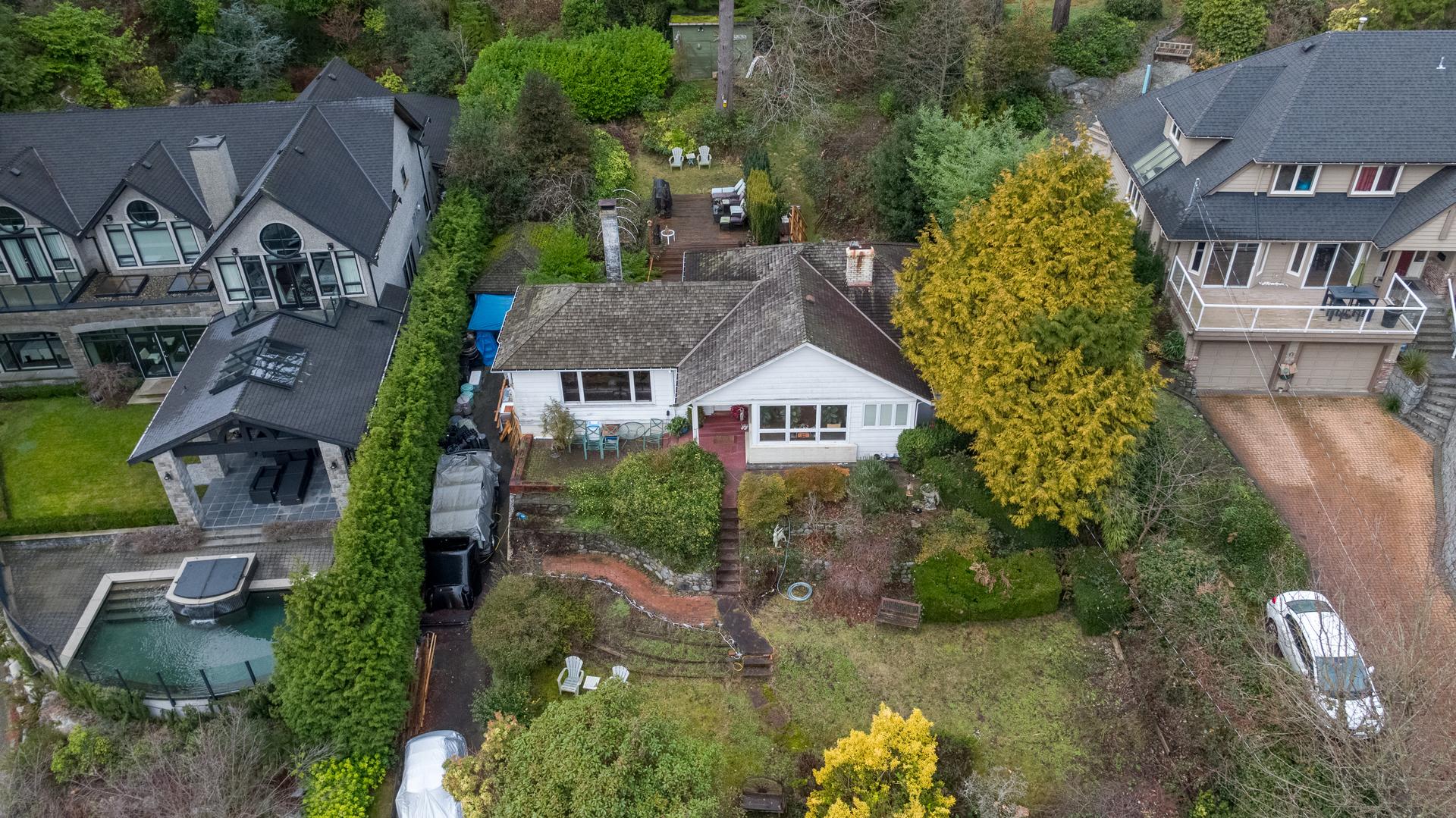 449-hillcrest-st-aerial-360hometours-06 at 449 Hillcrest Street, Westmount WV, West Vancouver