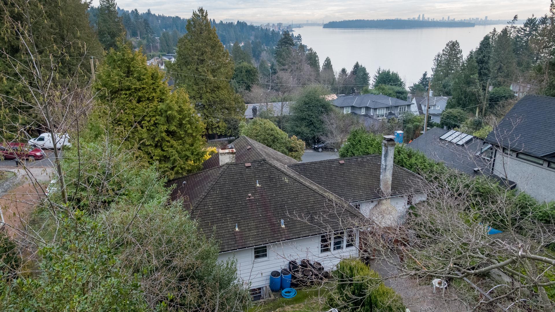 449-hillcrest-st-aerial-360hometours-13 at 449 Hillcrest Street, Westmount WV, West Vancouver