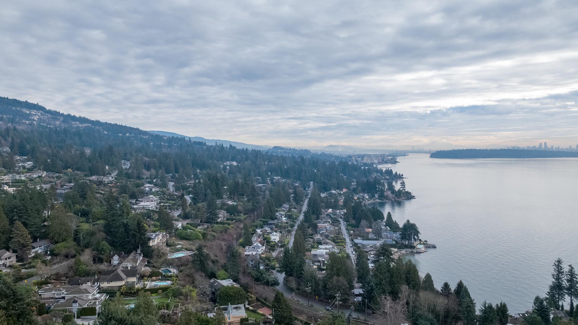 449-hillcrest-st-aerial-360hometours-31 at 449 Hillcrest Street, Westmount WV, West Vancouver