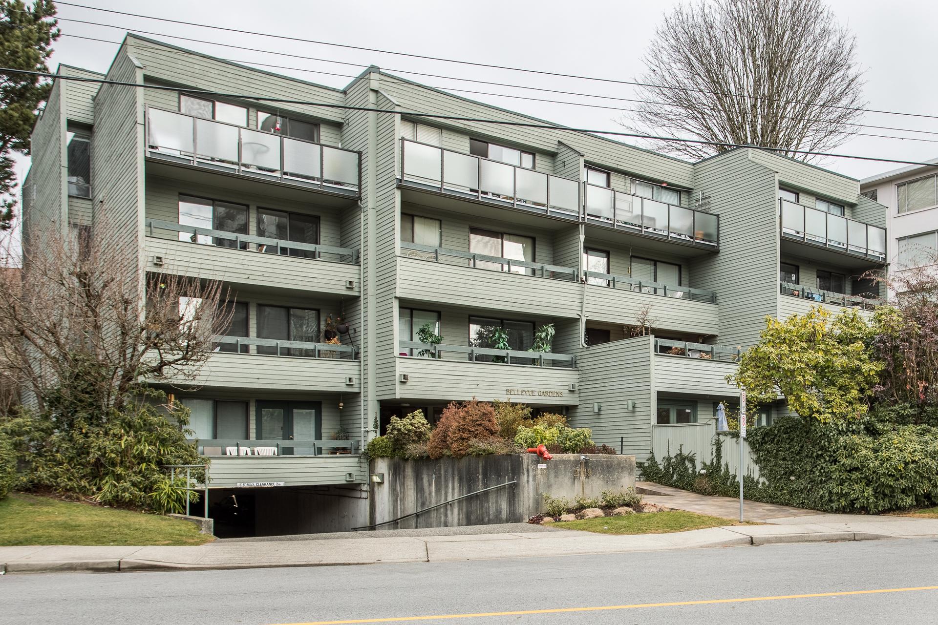 205-2119-bellevue-avenue-west-vancouver-360hometours-01 at 205 - 2119 Bellevue Avenue, Dundarave, West Vancouver