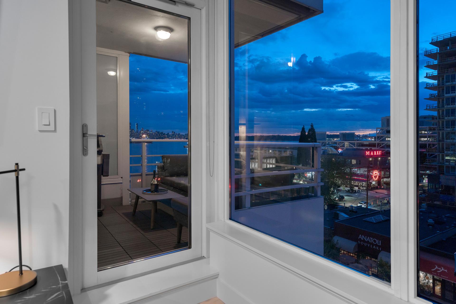 503-133-e-esplanade-ave-360hometours-06 at 503 - 133 E Esplanade, Lower Lonsdale, North Vancouver