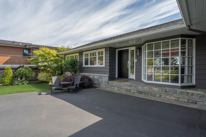 501-seville-crescent-360hometours-03 at 501 Saville Crescent, Upper Delbrook, North Vancouver