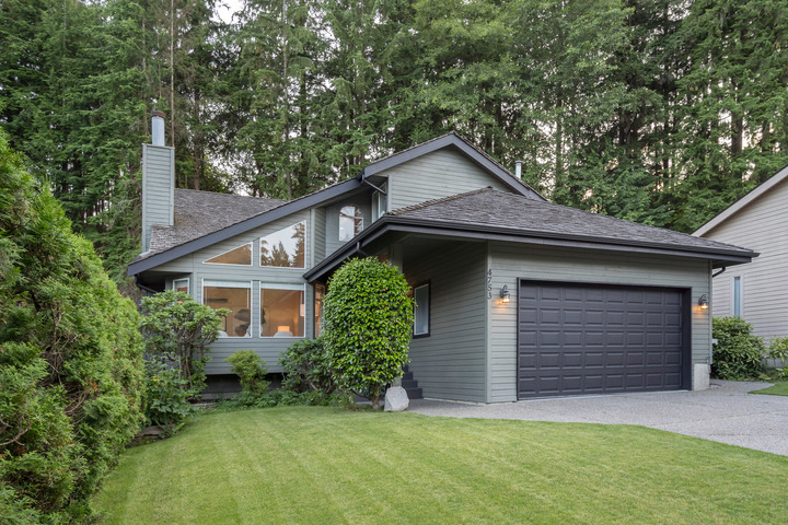 47bcfb1 at 4753 Woodrow Crescent, Lynn Valley, North Vancouver
