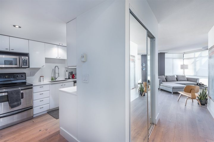 603 - 130 E 2nd Street, Lower Lonsdale, North Vancouver 3