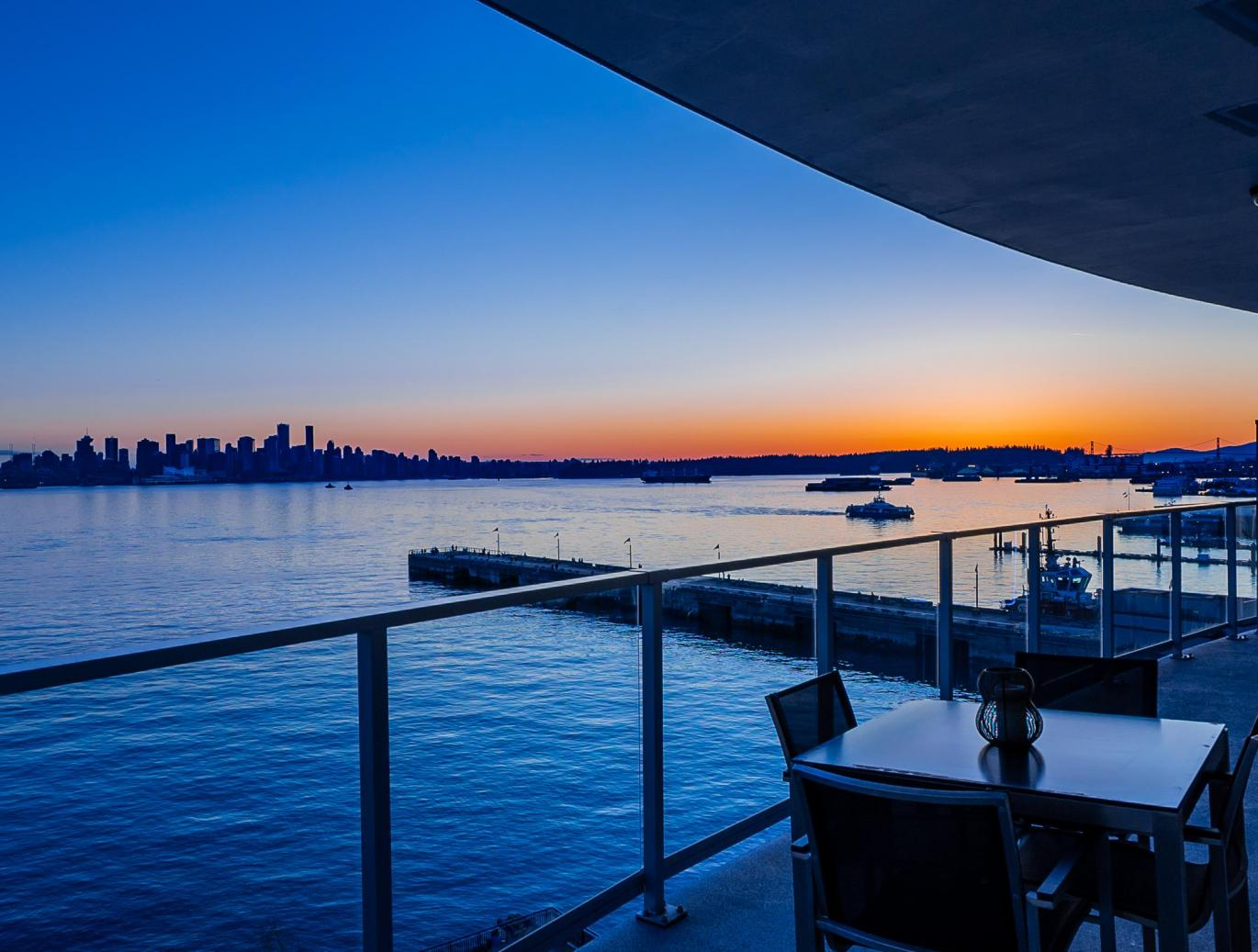 601 - 185 Victory Ship Way, Lower Lonsdale, North Vancouver 2