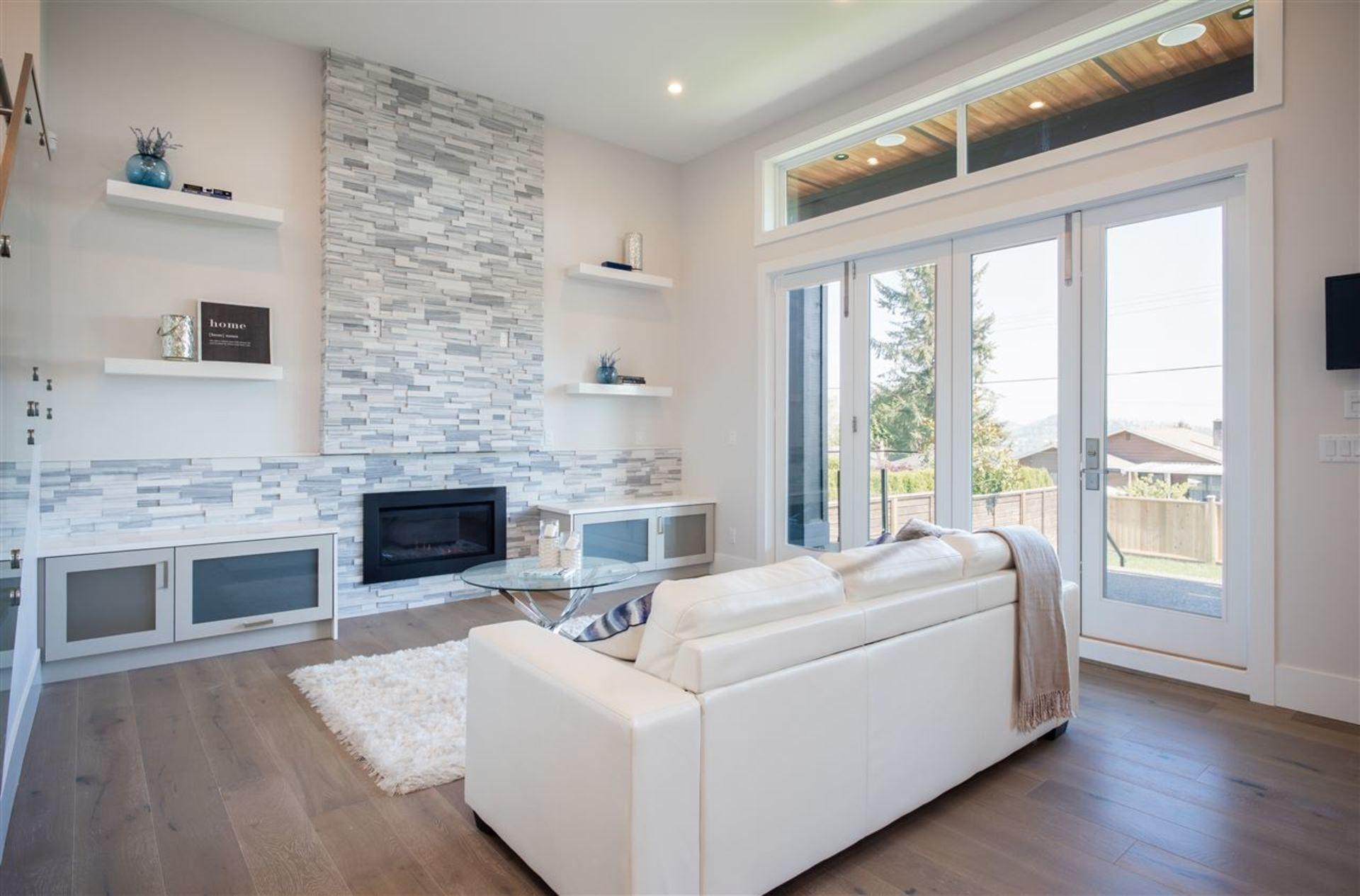 drayton8 at 845 Drayton Street, Calverhall, North Vancouver