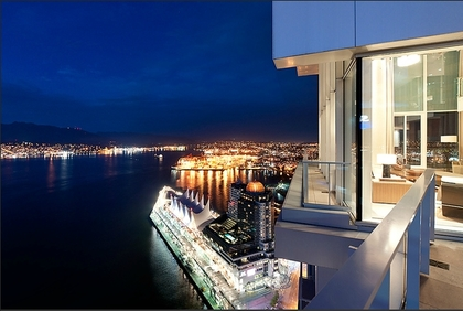 Vancouver-Condo-Sells-25-million-3.pagespeed.ce.HBGSnehwgH at 1011 W Cordova Street, Coal Harbour, Vancouver West
