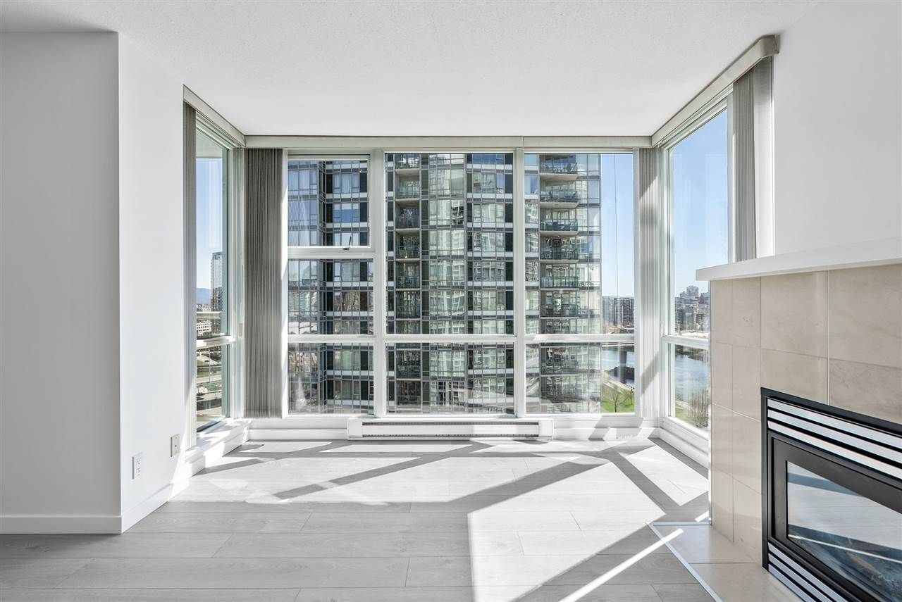 1077-marinaside-crescent-yaletown-vancouver-west-04 at 1701 - 1077 Marinaside Crescent, Yaletown, Vancouver West