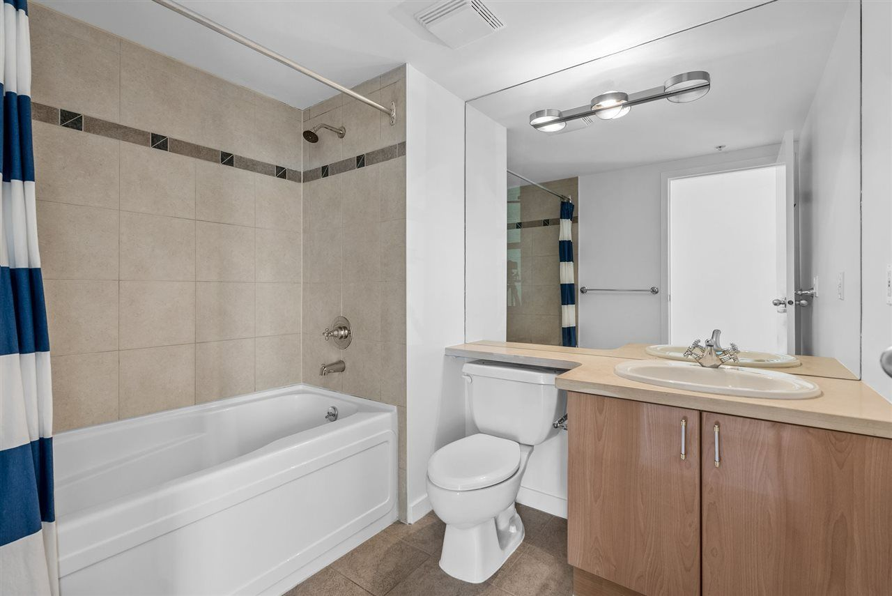1077-marinaside-crescent-yaletown-vancouver-west-24 at 1701 - 1077 Marinaside Crescent, Yaletown, Vancouver West