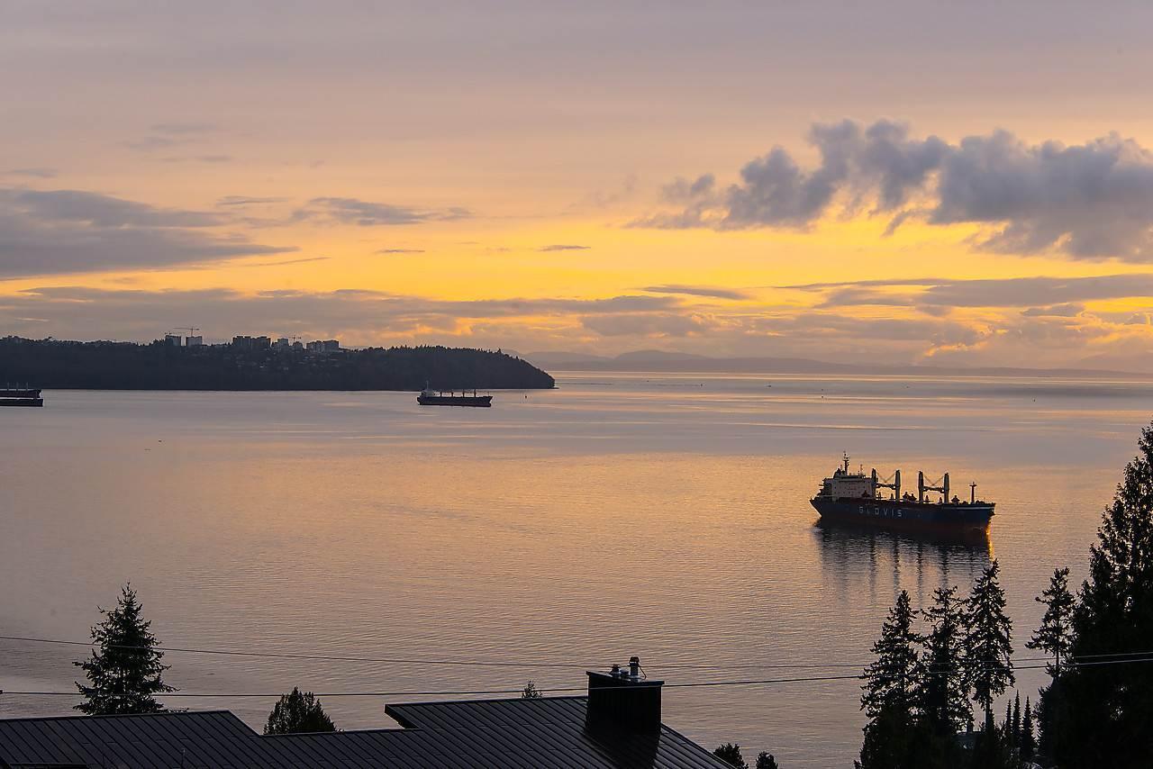image-262065702-3.jpg at 3315 Craigend Road, Westmount WV, West Vancouver