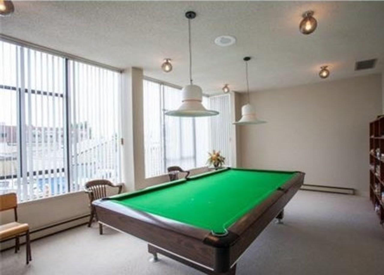 15.jpg at 802 - 1480 Duchess, Ambleside, West Vancouver