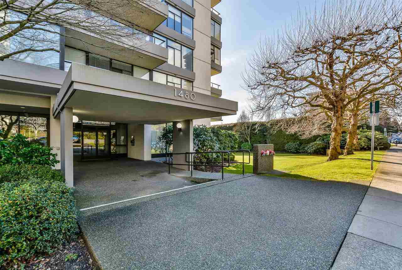 2.jpg at 802 - 1480 Duchess, Ambleside, West Vancouver