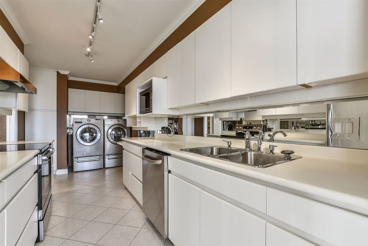 5.jpg at 802 - 1480 Duchess, Ambleside, West Vancouver