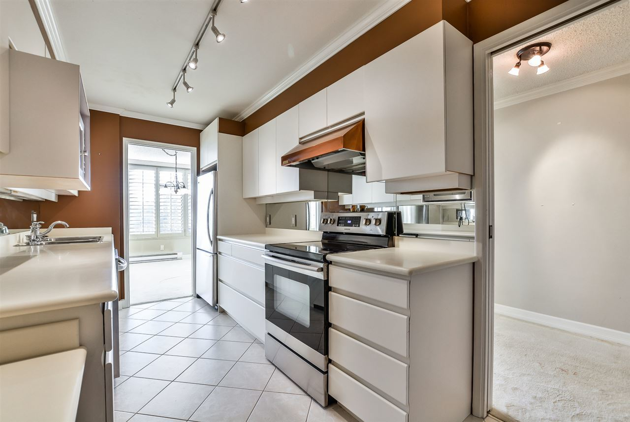 6.jpg at 802 - 1480 Duchess, Ambleside, West Vancouver