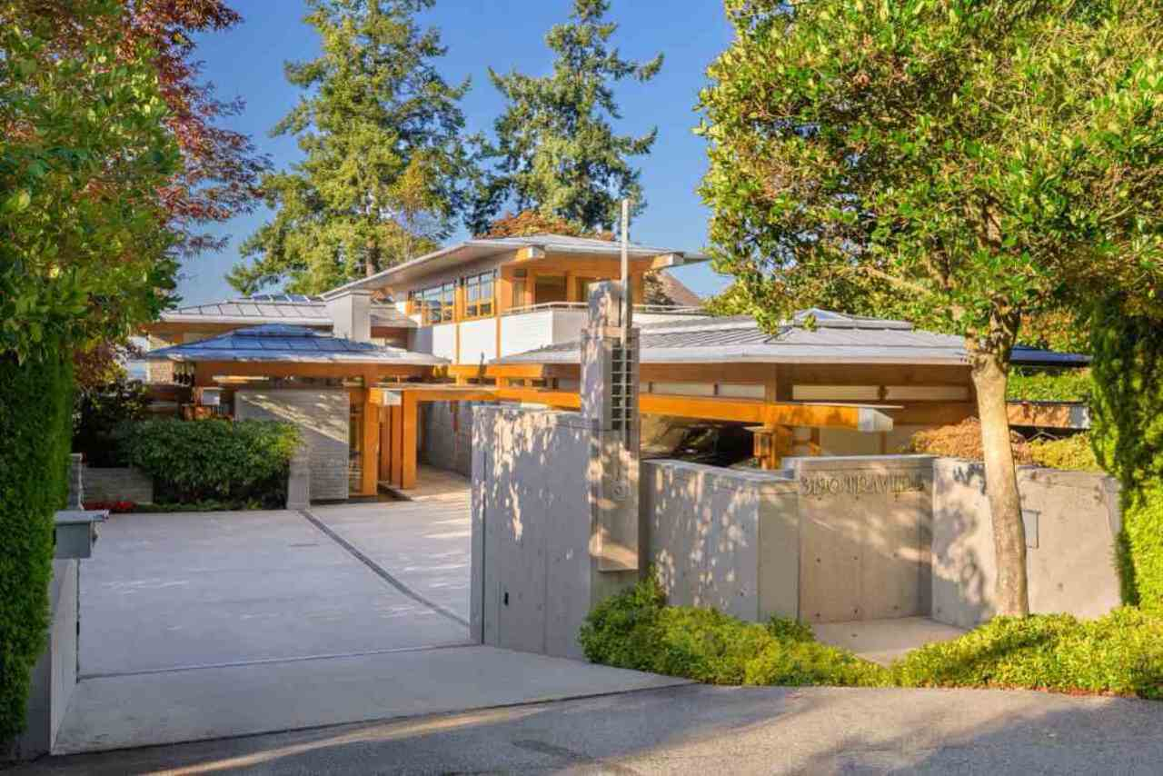 3190-travers-avenue-west-bay-west-vancouver-18 at 3190 Travers Avenue, West Bay, West Vancouver