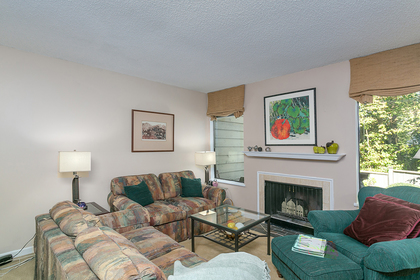 fp-living-room at 4737 Cedarglen Place, Greentree Village, Burnaby South