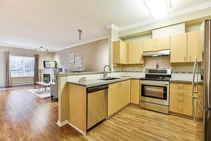 kitchen-off-entry at #106 - 15298 20 Avenue, King George Corridor, South Surrey White Rock