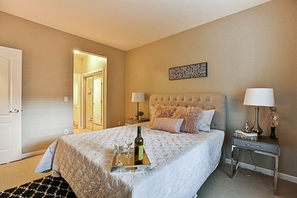 master-bdrm-off-closet at #106 - 15298 20 Avenue, King George Corridor, South Surrey White Rock