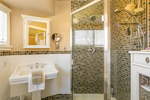 ensuite at 1731 Harbour Drive, Harbour Chines, Coquitlam