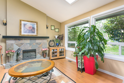 living-rm at 8413 Arbour Place, Nordel, N. Delta