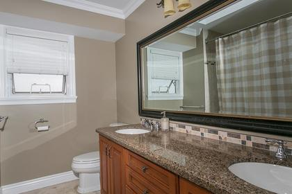 Bathroom at 2888 Woodsia Place, Westwood Plateau, Coquitlam