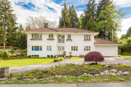 exterior front at 720 Anderson Cresent, Sentinel Hill, West Vancouver