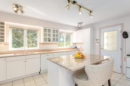 kitchen at 720 Anderson Cresent, Sentinel Hill, West Vancouver