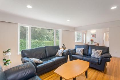 living dining room at 720 Anderson Cresent, Sentinel Hill, West Vancouver