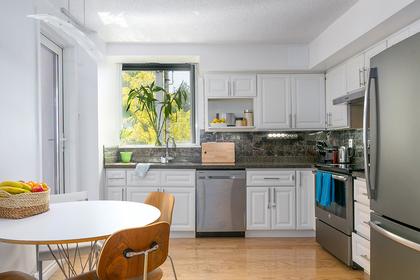 kitchen-nook at #302 - 7321 Halifax Street, Simon Fraser Univer., Burnaby North