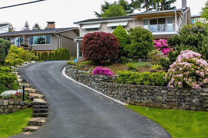 driveway at 350 N Hythe Avenue, Capitol Hill BN, Burnaby North
