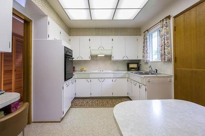 kitchen at 350 N Hythe Avenue, Capitol Hill BN, Burnaby North