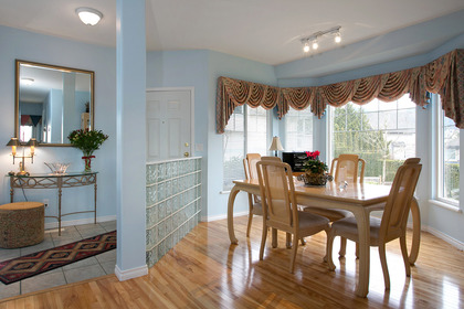 Dining Room (foyer) at #38 - 1751 Paddock Drive, Westwood Plateau, Coquitlam