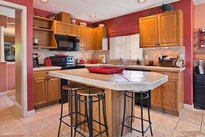 kitchen island at #126 - 20391 96th Avenue, Walnut Grove, Langley