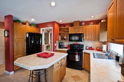 kitchen at #126 - 20391 96th Avenue, Walnut Grove, Langley