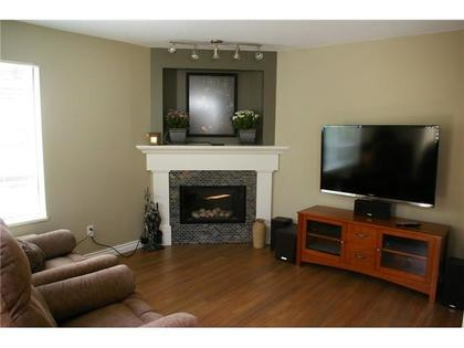 family room at 3251 Mayne Crescent, New Horizons, Coquitlam