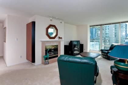 Living Room w Gas Fireplace at #1106 - 1500 Hornby Street, Yaletown, Vancouver West