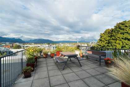 rooftop-garden-2 at #323 - 350 East 2nd Avenue, Mount Pleasant VE, Vancouver East