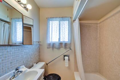 262163297-10 at 4868 Smith Avenue, Central Park BS, Burnaby South