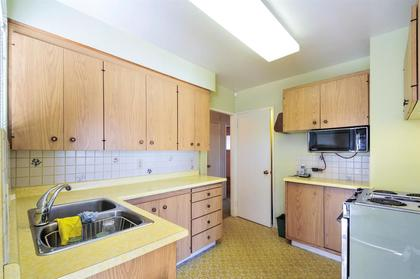 262163297-5 at 4868 Smith Avenue, Central Park BS, Burnaby South