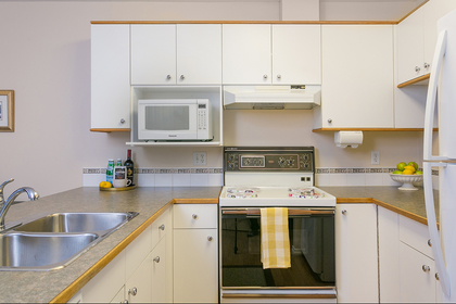 kitchen-main at 1605 Augusta Avenue, Simon Fraser Univer., Burnaby North