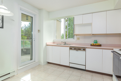 kitchen-nook-balcony at #402 - 7321 Halifax Street, Simon Fraser Univer., Burnaby North